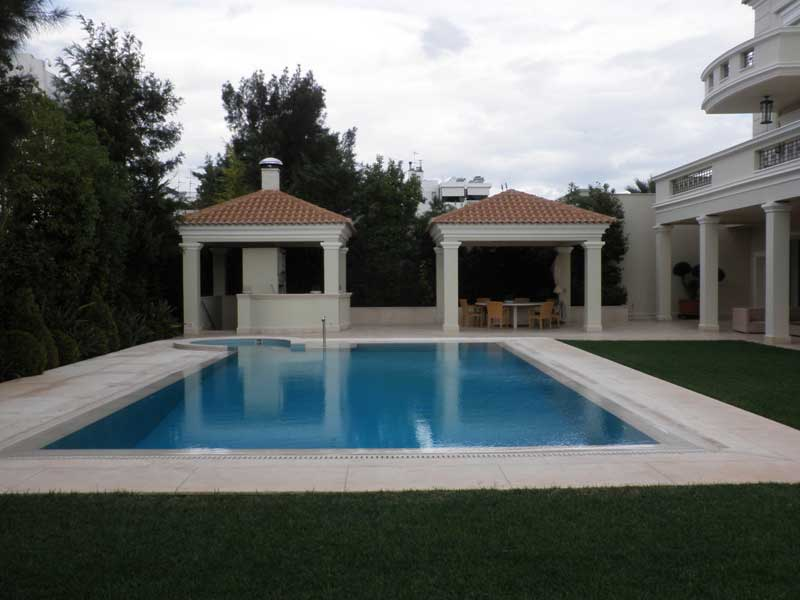 Τριώροφη κατοικία στο Ελληνικό