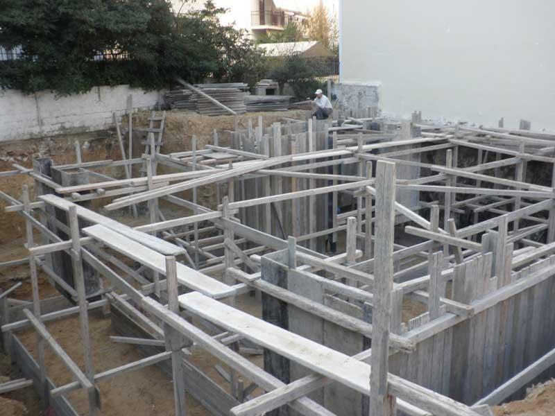 Νέα επταώροφη πολυκατοικία επί pilotis με υπόγειο και δώμα Δηλανά 5 - Νέα Σμύρνη (Φεβρουάριος 2014)